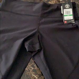 Capri under armour leggings
